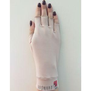 Luva-com-Protecao-Solar-FPS-50-e-Raios-UV-Semi-dedos